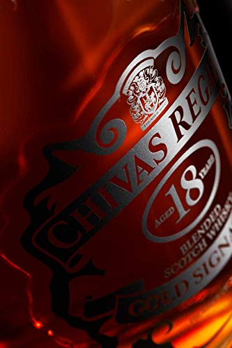 Chivas Regal Gold Signature Blended Scotch Whisky 18 Jahre – Limitierte Pininfarina Edition – Exquisites Geschenkset mit zwei Whiskytumblern in luxuriösem Design – 1 x 0,7 L - 3